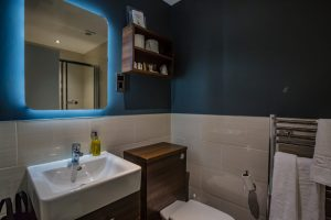 Superior Double Room 12 Bathroom 2