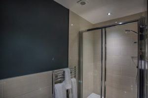 Superior Double Room 12 Bathroom